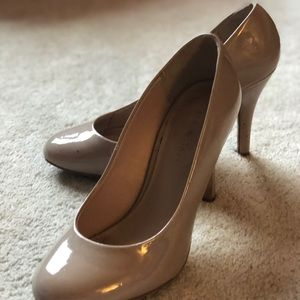 Nude Heels Kelly and Katie Size 8